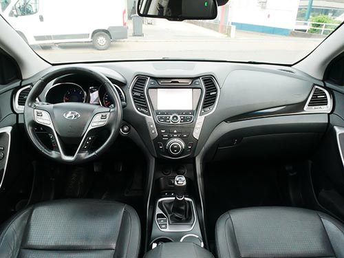 Hyundai Ankauf ein Hyundai Santafee Cockpit